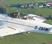 Zweisitziges Amateurbauflugzeug Van's Aircraft RV-4