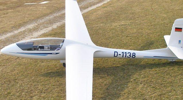 Kunstflug- und Leistungssegler SZD-59 Acro