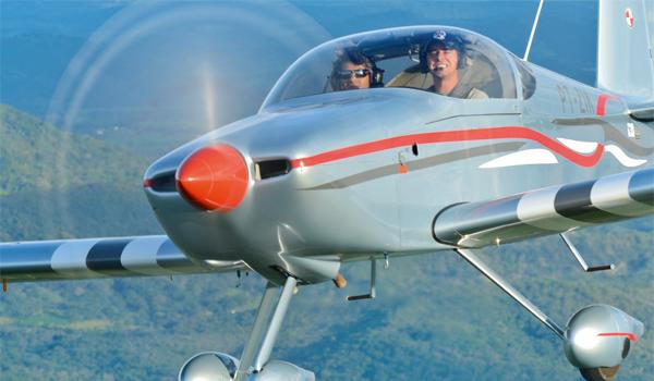 Zweisitziges Experimental-Amateurbau-Flugzeug RV-7