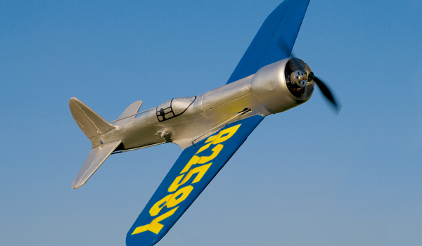Rekordflugzeug Highes H-1 zum Selberbauen