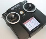 Touchscreen, Sprachausgabe, Telemetrie und mehr – so gut ist die Cockpit SX 9 von Multiplex