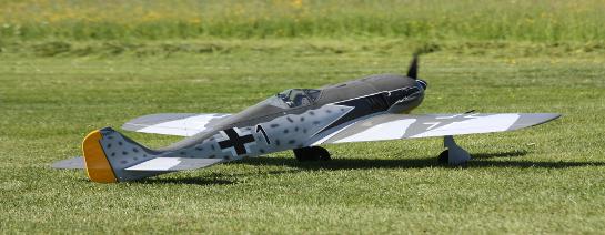 Warum Hobbicos FW-190 mit Viertakter besser drauf ist